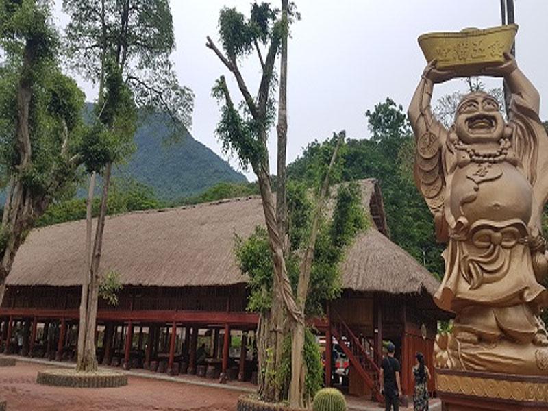 Paragon Resort xác lập Kỷ lục Việt Nam: Khu du lịch sinh thái nhiều nhà sàn nhất